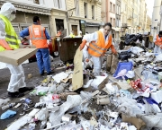 FRANCE-POLITICS-PENSIONS-STRIKE-GARBAGE-MARSEILLE